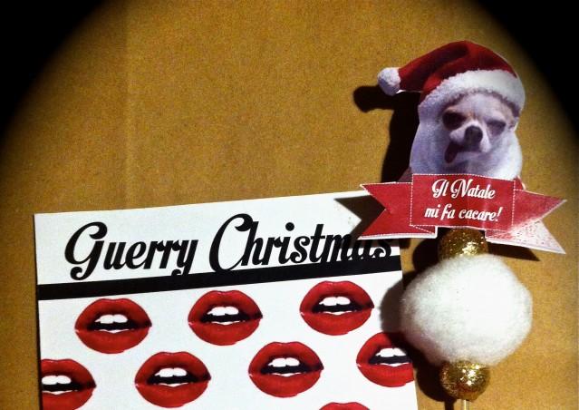 Un regalo per la Chihuahua di Fedez, sì proprio… Gue!